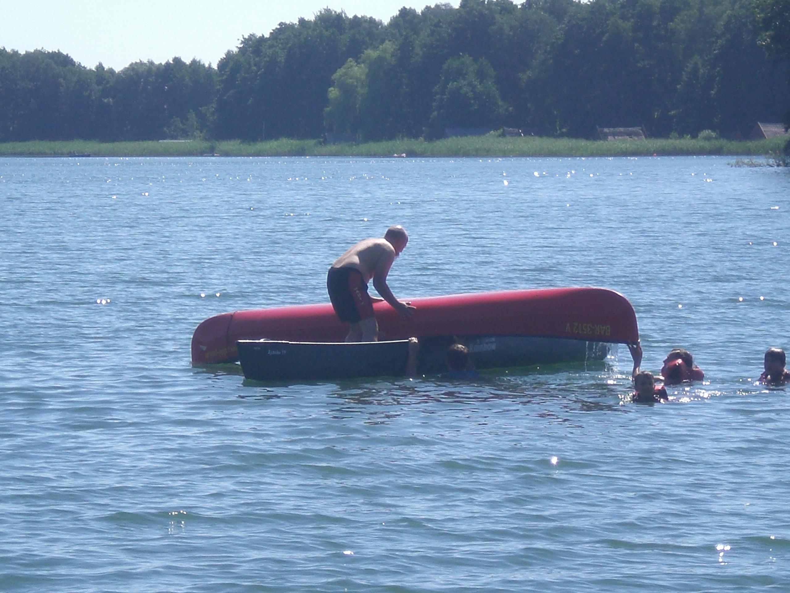 Canadier im Wasser